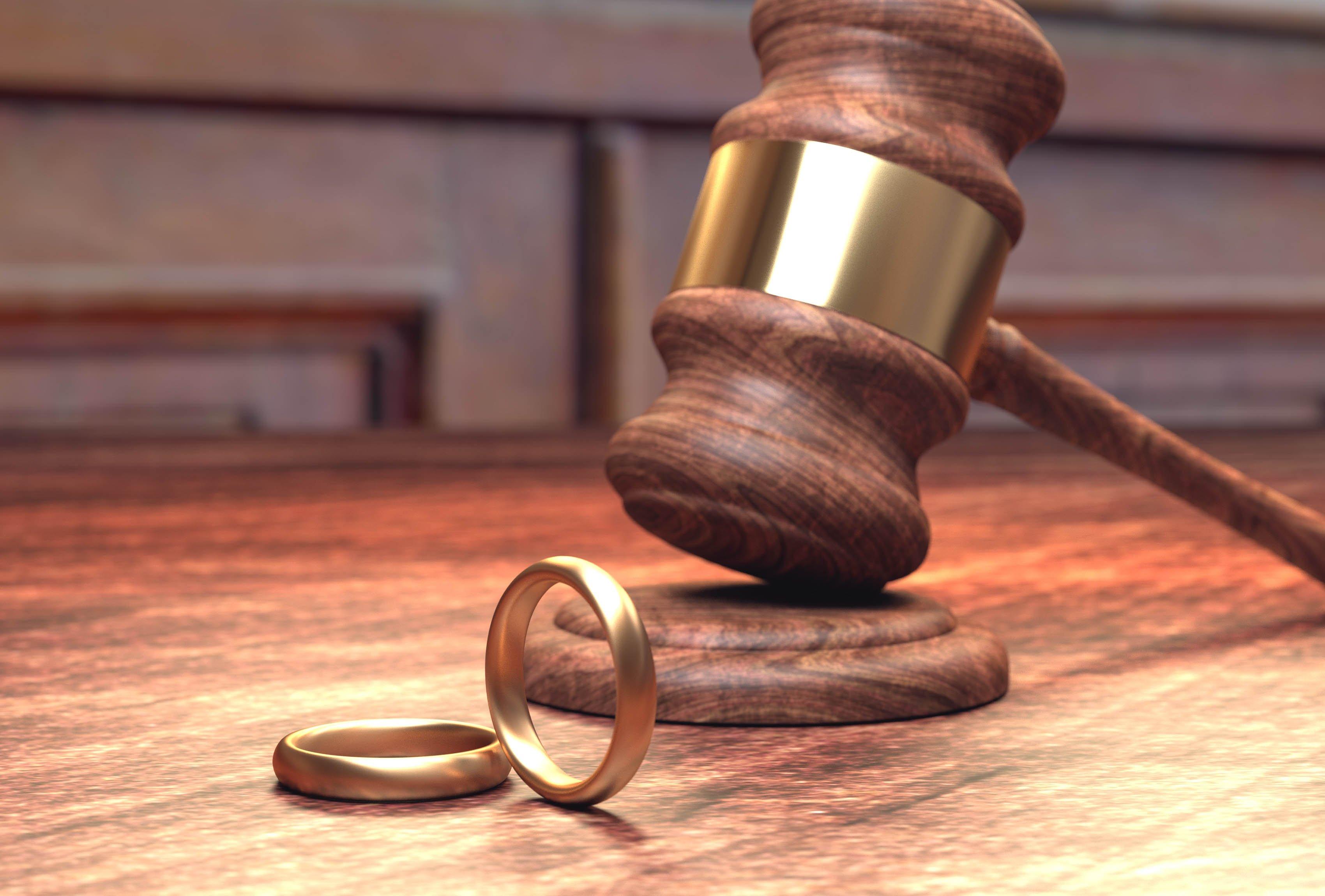нужен адвокат по семейным спорам