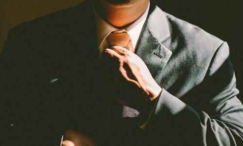 Санкт-Петербургский институт независимой экспертизы и оценки. Обыски и порча имущества при обысках, СИНЭО проводит экспертизу ущерба, в СПб.